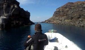 Diving Santorini