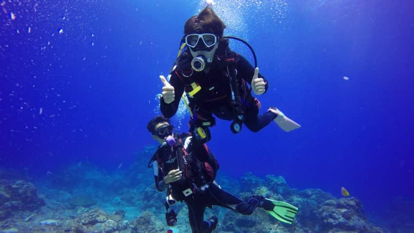 Scuba diving fun - Atlantis Oia Dive Center